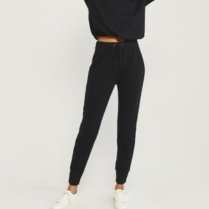 joggers small